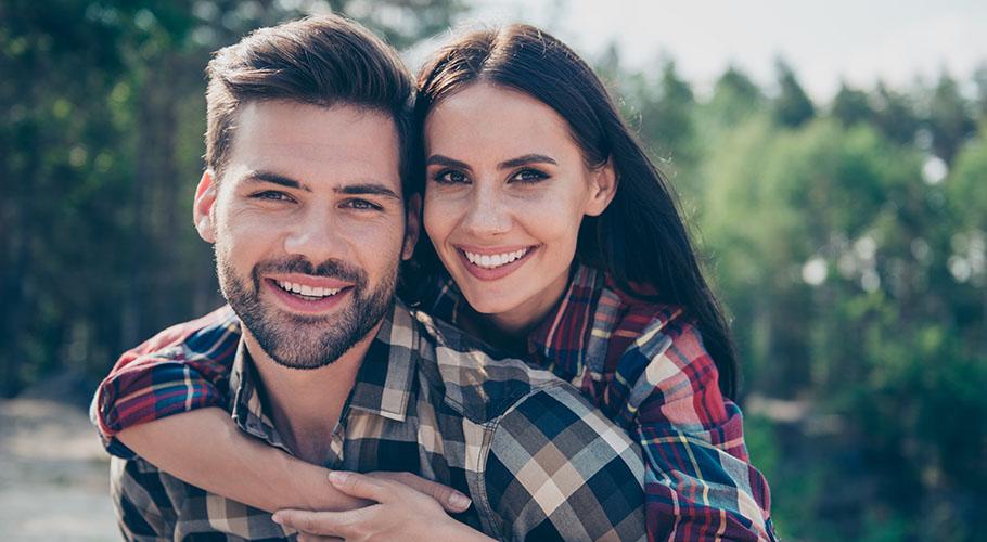 Πώς να προσεγγίσει κάποιος σε απευθείας σύνδεση dating ψεύτικες φωτογραφίες που χρησιμοποιούνται σε ιστότοπους γνωριμιών